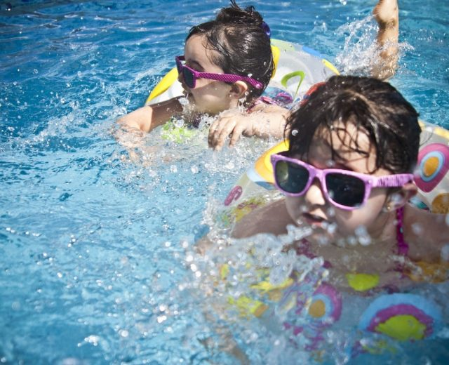 Pool safety tips for children this summer